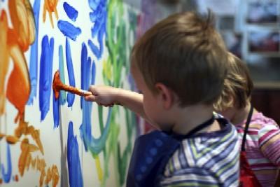 child_painting